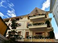 Khách Sạn Sunny Moutain
