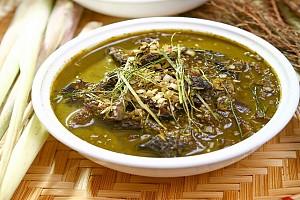 Đặc sản làm từ phân - Nậm Pịa, một món ăn kinh điển của dân tộc Thái chỉ có ở vùng Tây Bắc
