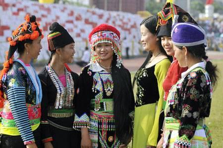 Dac trung van hoa cac dan toc o Tay Bac, Đặc trưng văn hóa các dân tộc ở Tây Bắc